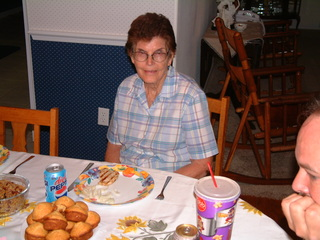 Grandma_s_79th_B-Day_Party_003.jpg